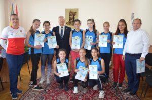 La data de 14 octombrie curent, in Consiliul raional Dondușeni a avut loc întîlnirea cu echipa de volei (fete)