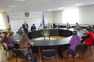 Ședința de constituire a Consiliului elevilor a raionului Dondușeni cu participarea reprezentanților elevilor din instituțiile de învățământ.