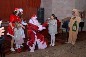 Sărbătoarea de Anul Nou cu copiii din Serviciul de asistență parentală profesionistă