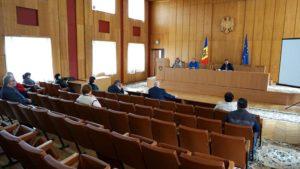 Ședința operativă cu șefii de direcții și secții din subordinea Consiliului raional din 25.05.2020